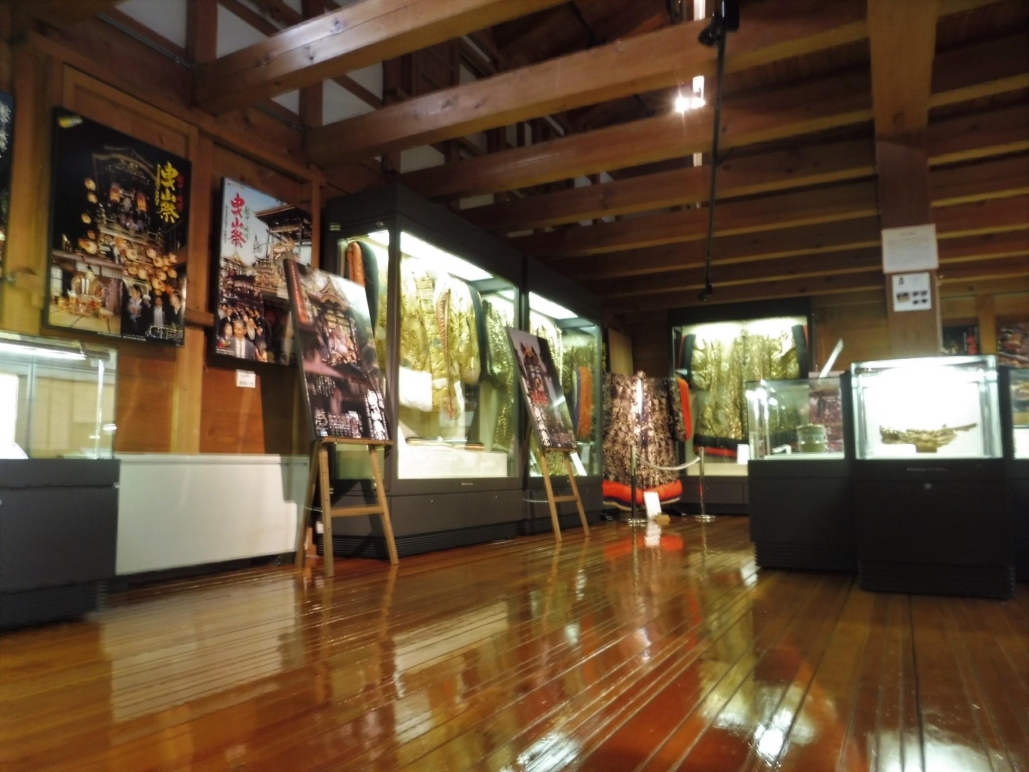 南砺市城端曳山会館にて特別企画展「曳山御神像衣裳展」を開催します!の画像