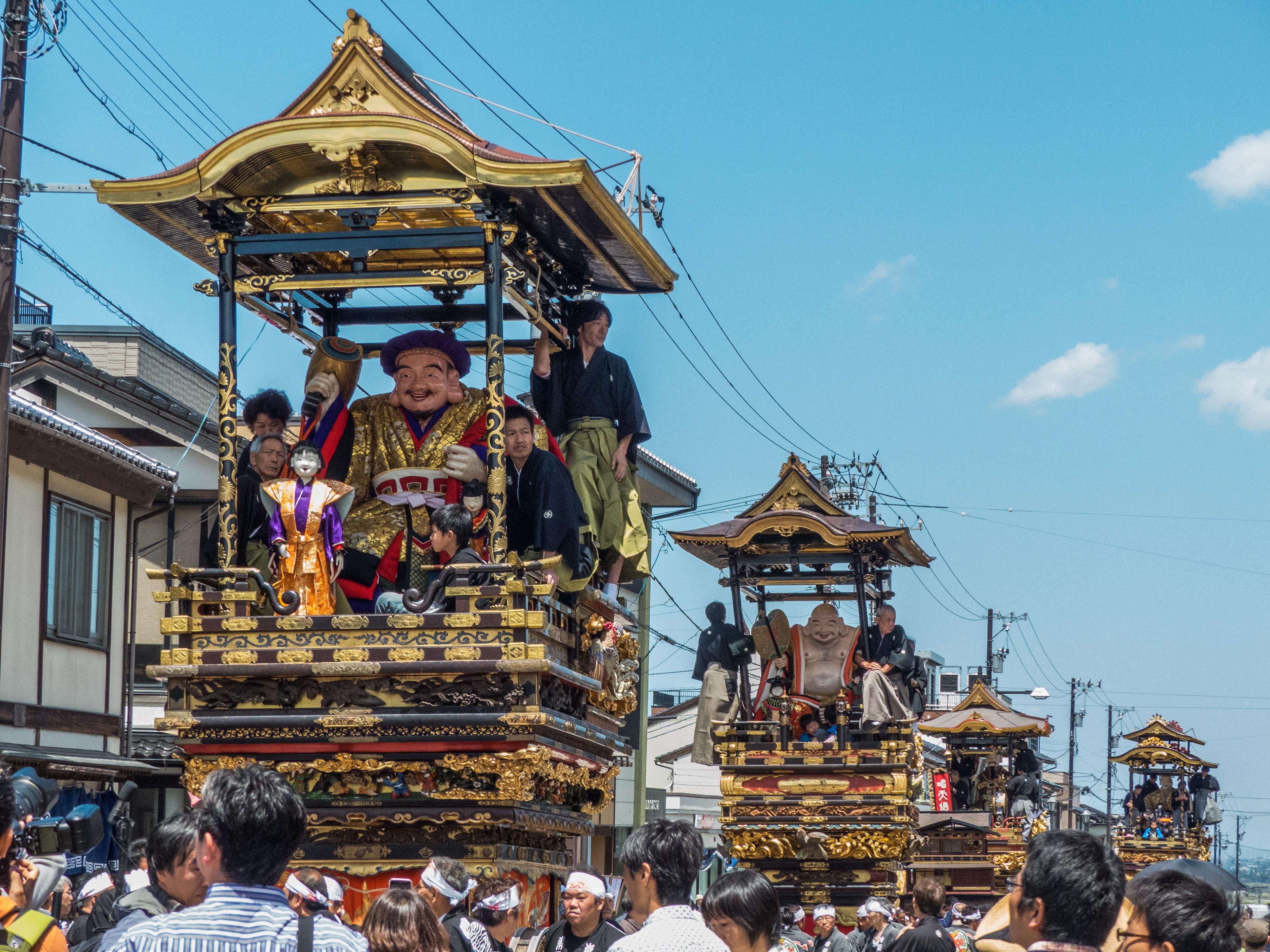 城端神明宮祭の曳山行事の画像