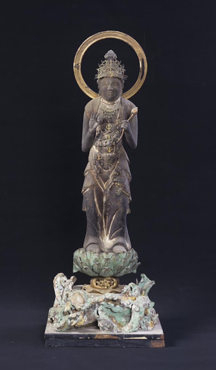聖観世音菩薩立像・薬師如来坐像・御神像・狛犬の画像