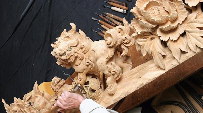 木彫刻のまち・井波 「宮大工の鑿(のみ)一丁から生まれた木彫刻美術館・井波」の画像