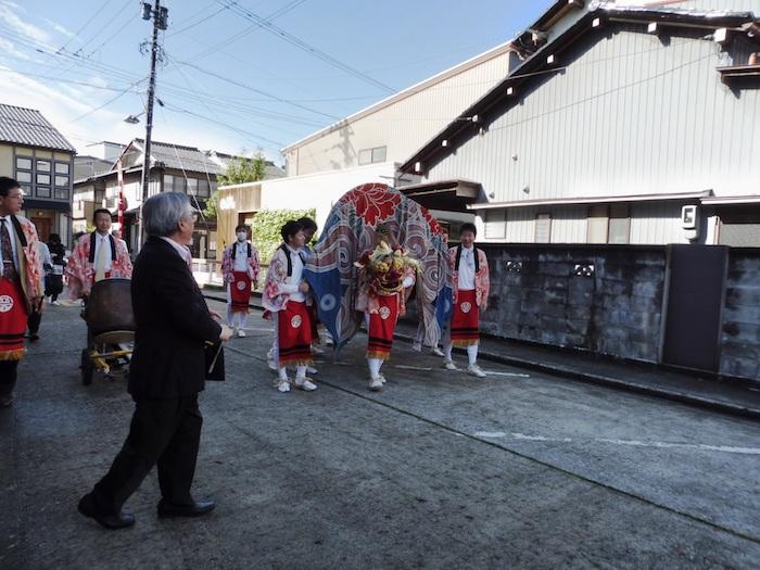 西下町獅子舞の画像