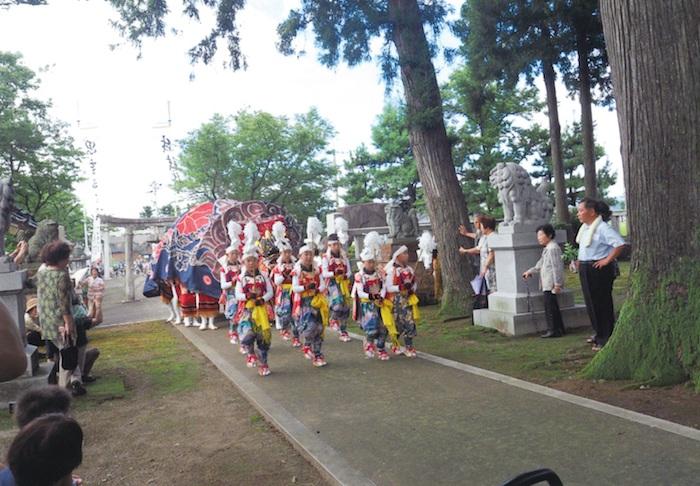 理休昭研会の獅子舞の画像