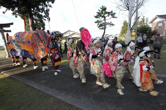 田屋獅子舞の画像